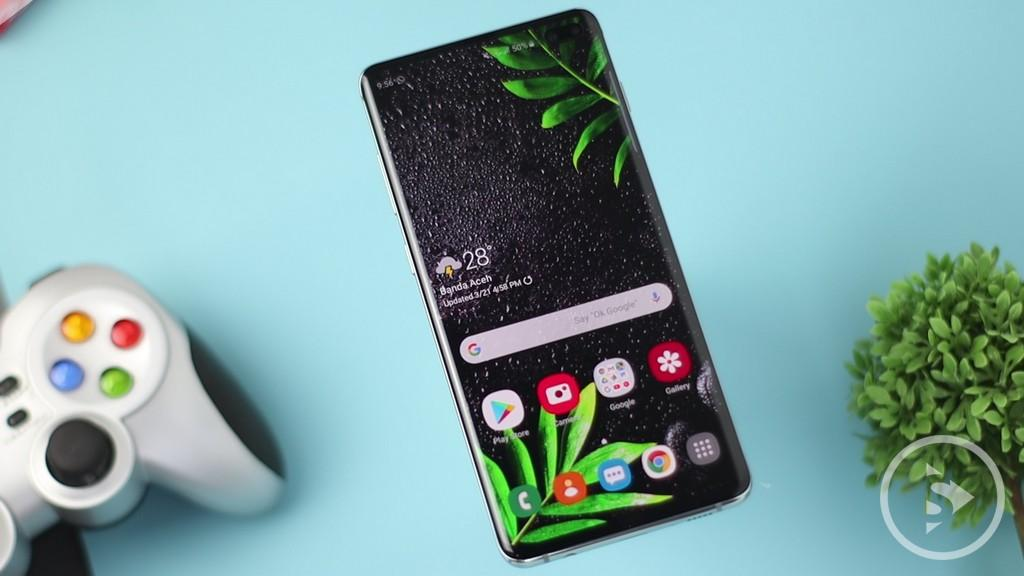 DISPLAY & DESIGN - Samsung Galaxy S10 Plus Dynamic amoled display
